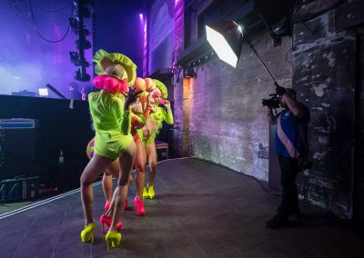 Pirouette-The_Shows-Neon-02