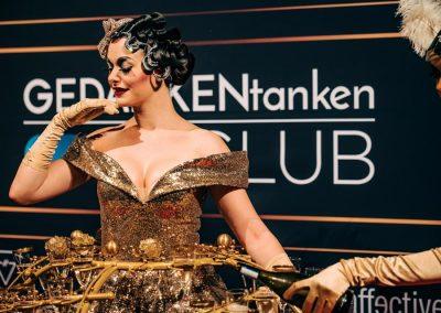 Pirouette-The-Shows_Fille-de-Champagne-09