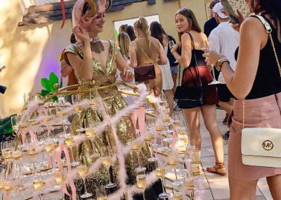 Pirouette-The-Shows_Fille-de-Champagne-4